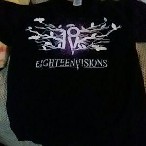 Eighteen visions vintage tee